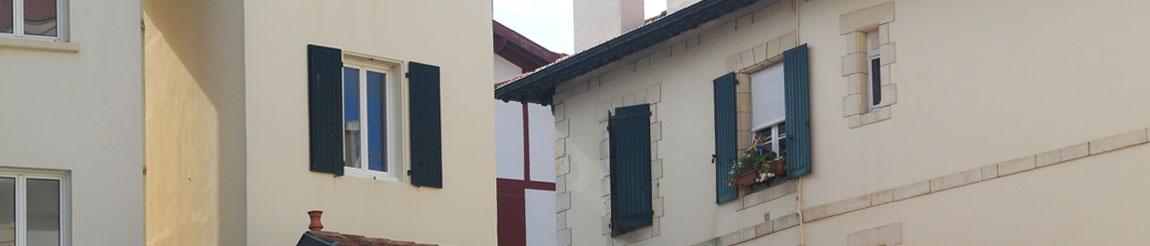 Illustration représentant un bâtiment de l'article du blog Démocratie Quotidienne sur le logement à Biarritz selon le candidat Karime Guerdane